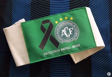 Inter, Icardi con la fascia in memoria dellaChapecoense