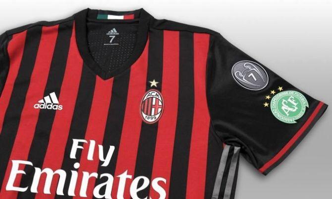 Anche il Milan scrive #ForçaChape sullamaglia