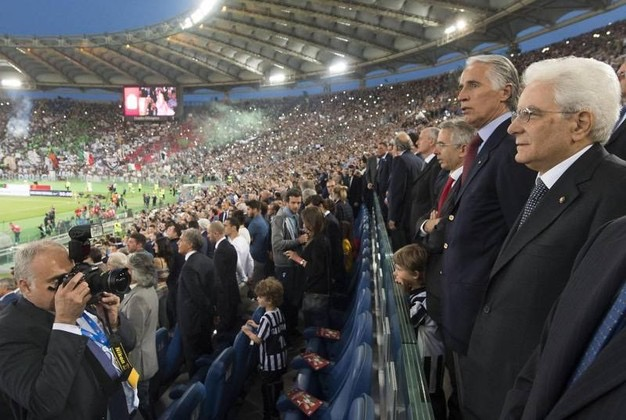 "Salta la ""panchina"" di Renzi: ora dirigeMattarella"