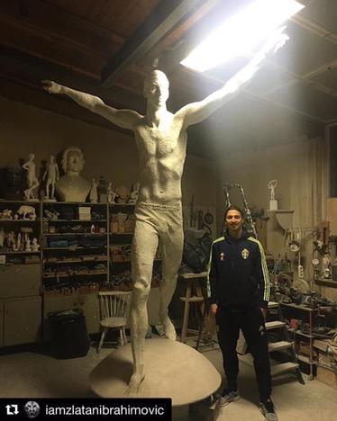 """Ibra e la sua statua: """"Se vai a New York c'è quella della Libertà, a Stoccolma quella diZlatan"""""""