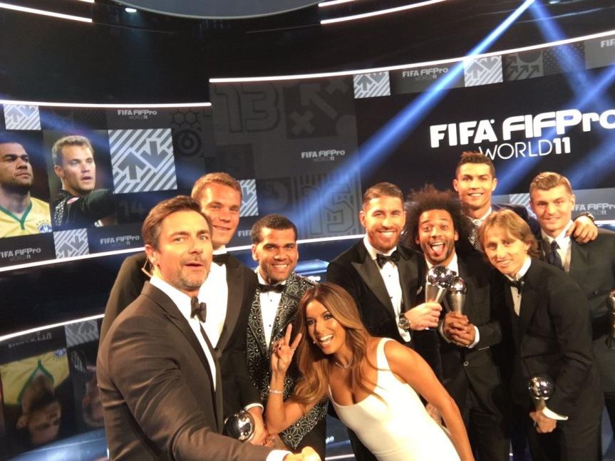 TheBest Selfie della Fifa, c'è anche DaniAlves