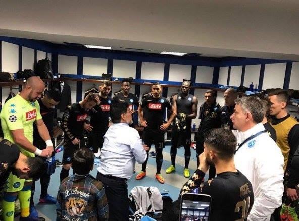 Maradona carica il Napoli nello spogliatoio delBernabeu