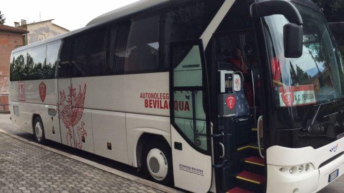 """Tifosi della Juve """"rubano"""" il pullman del Perugia calcio per ilderby"""